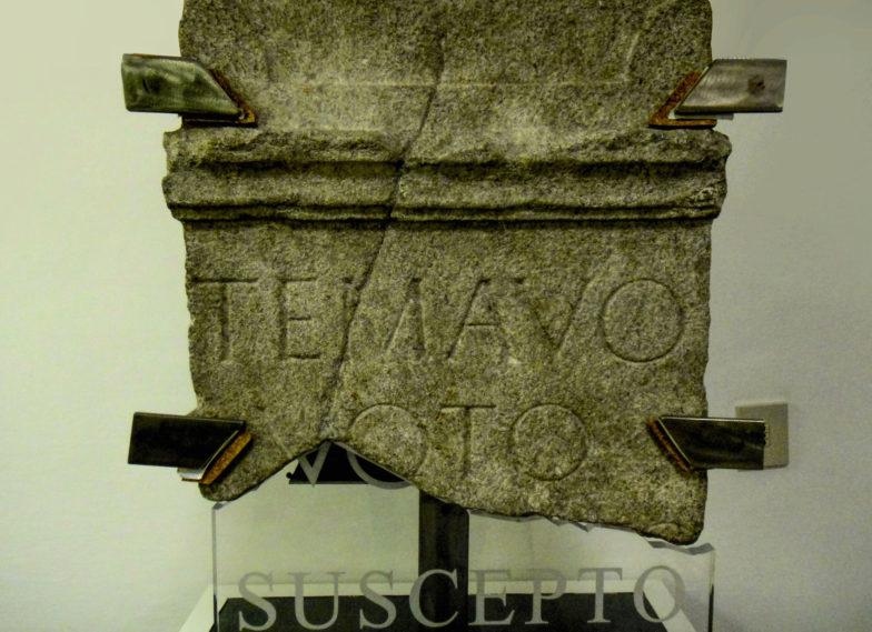 epigrafe con dedica al fiume Timavo divinizzato