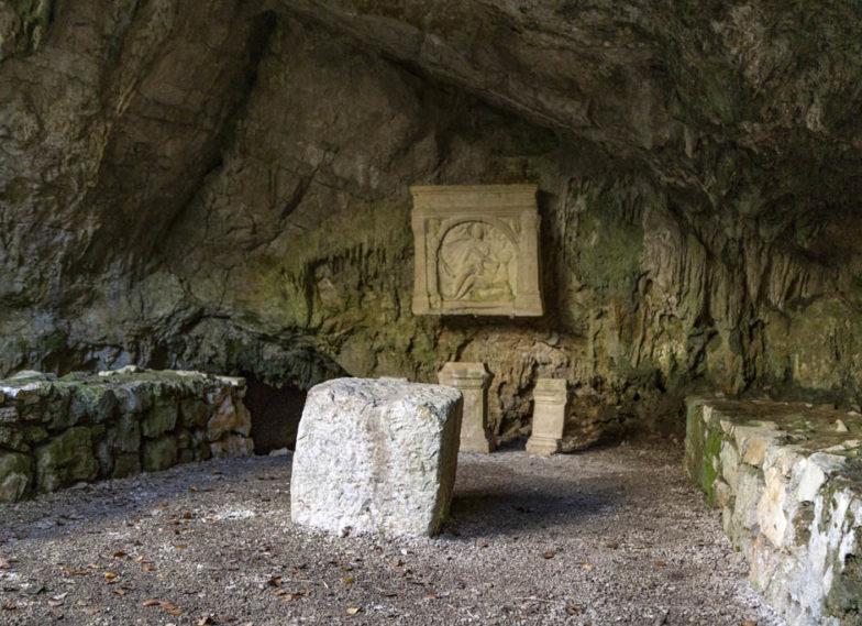 Grotta del mitreo di Duino; Friuli Venezia Giulia