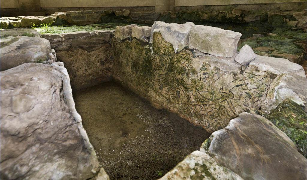 l'acqua di San Giovanni: mito, leggenda e tradizione